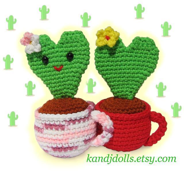 Amigurumi heart cactus crochet