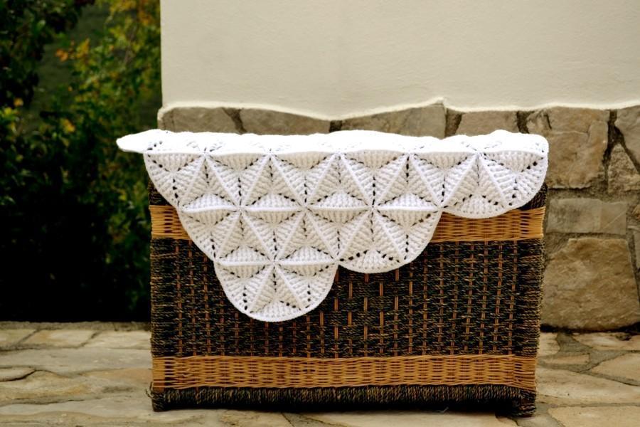 Crochet white lily blanket
