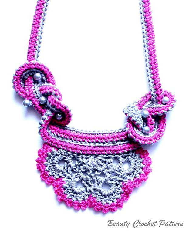Crochet two colors necklace