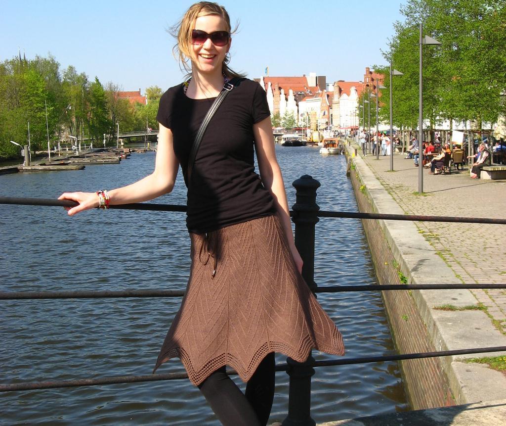 Knitted Ronja skirt