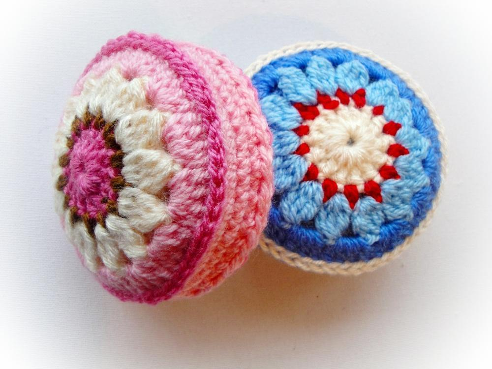 Crochet lily pincushion