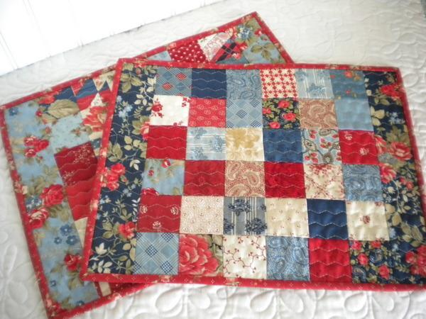 Scrappy patchwork place mats on Bluprint