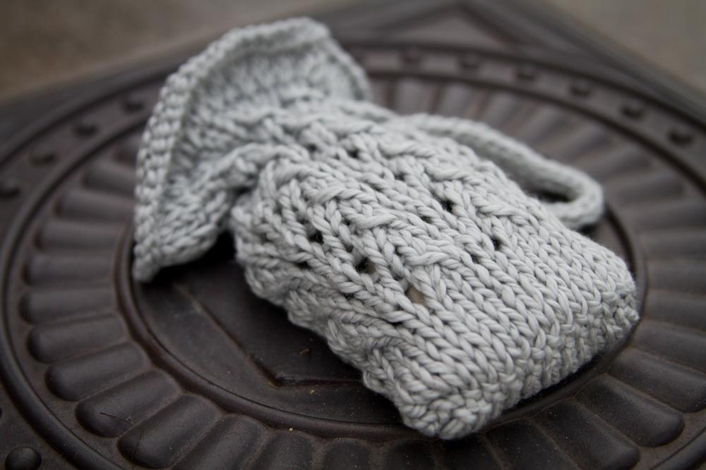 Knitted soap sachet