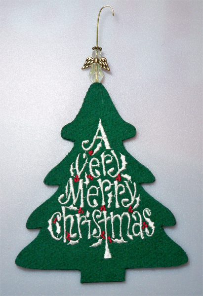 AcccuQuilt Very Merry Christmas Ornament