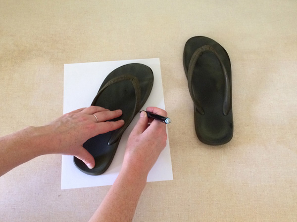 2-trace your shoes shoes