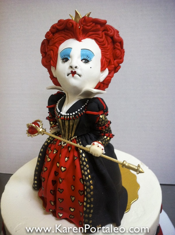 Red Queen cake