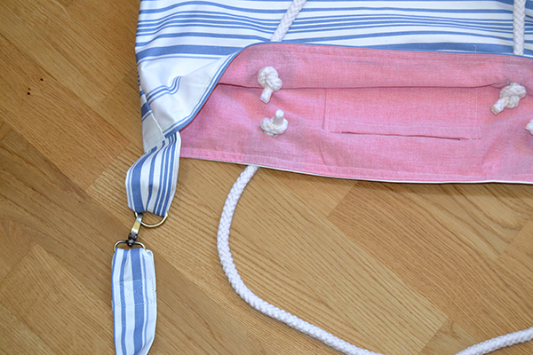 Adding straps to your beach bag