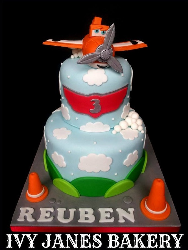 Planes two-tier cake