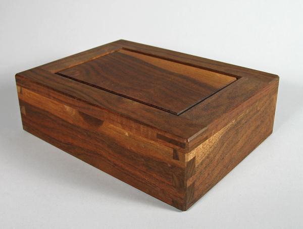 Claro walnut box