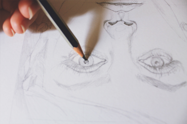 drawing realistic eyes step by step
