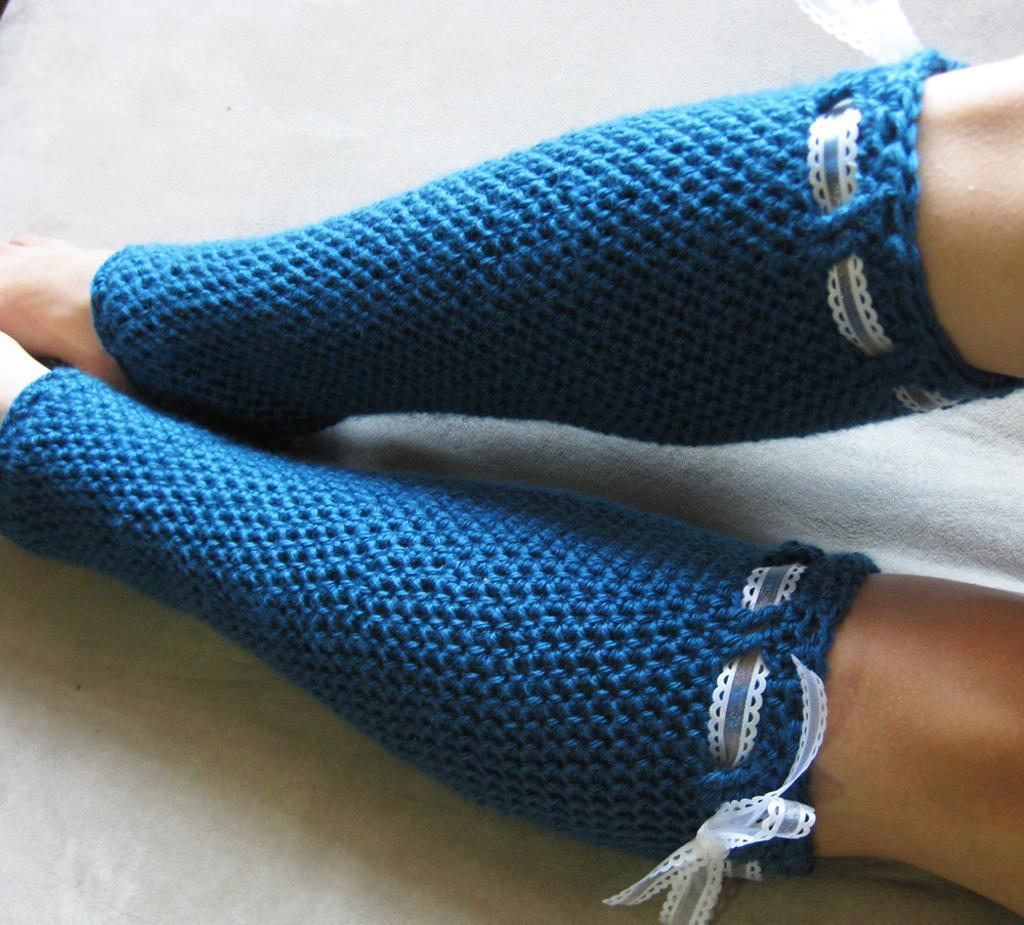 Crochet lace-tie legwarmers