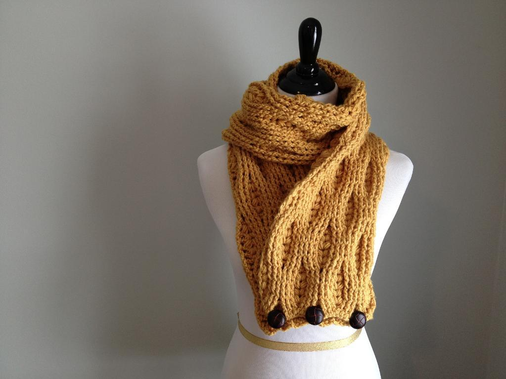 Cables and Puffs Scarf