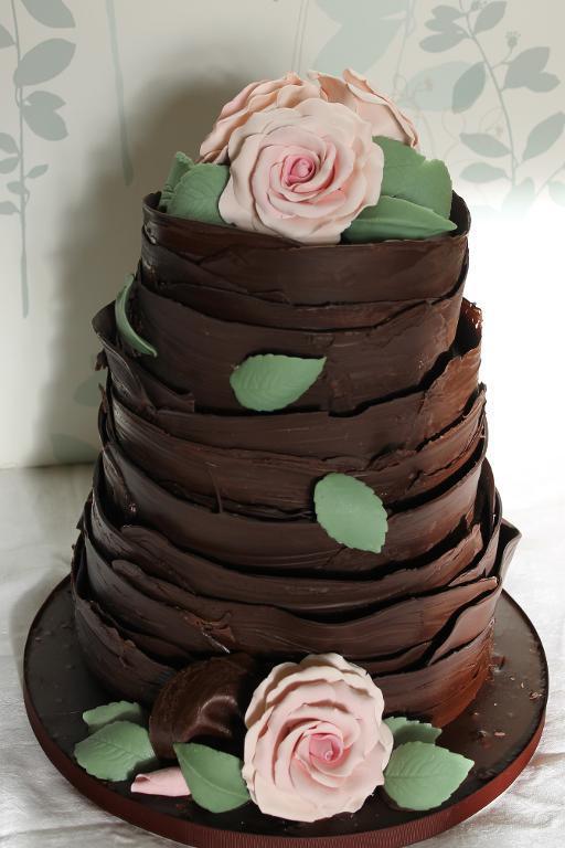 Chocolate Flowers Wedding Cake
