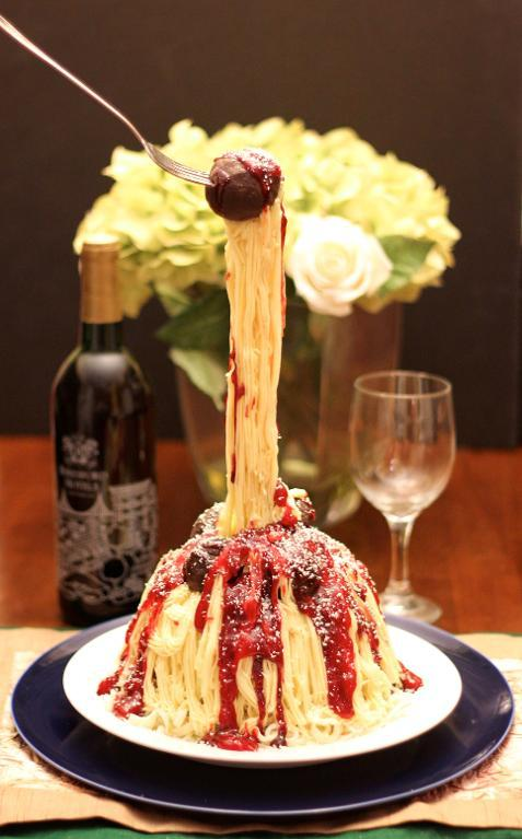 On top of spaghetti -- Gravity-defying sculpted cake!