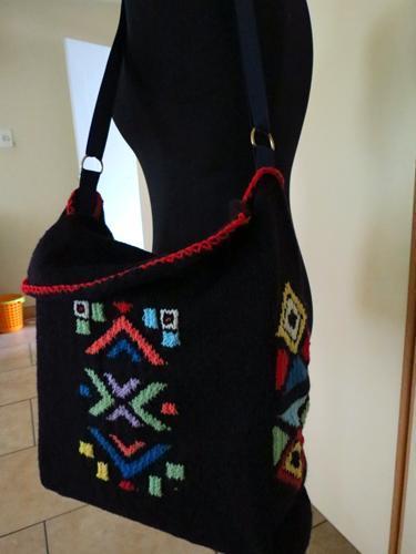 Knit Messenger Bag