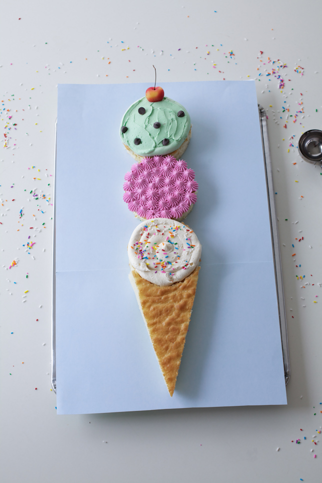 Delightful ice cream cone-shaped cake!