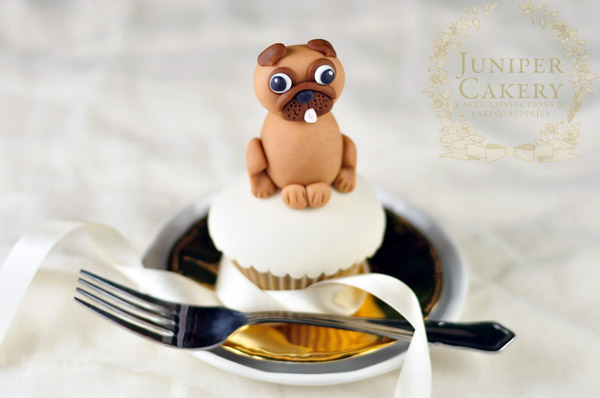 Adorable Pug Cupcake and Cake Topper Tutorial