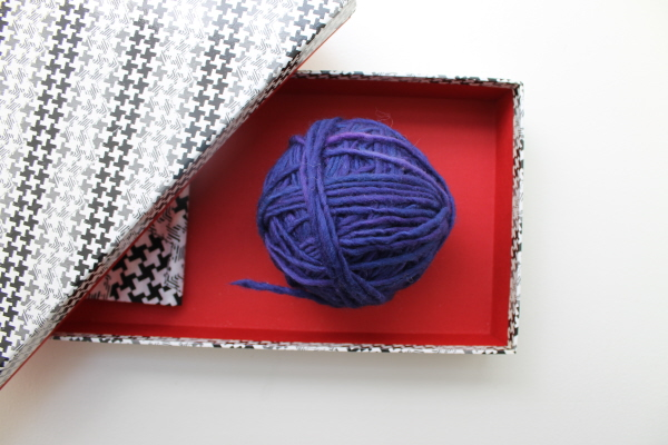 How to wind a hank of yarn into a ball