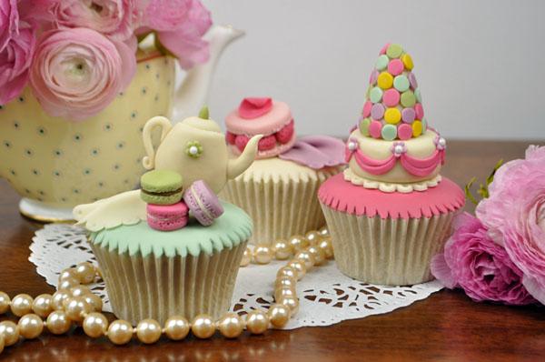 Parisian Macaron Cupcake Designs on Bluprint!