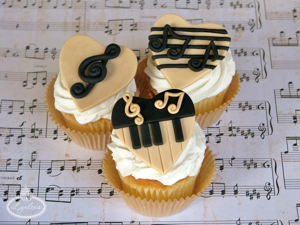 Fondant Toppers for Music Cupcakes