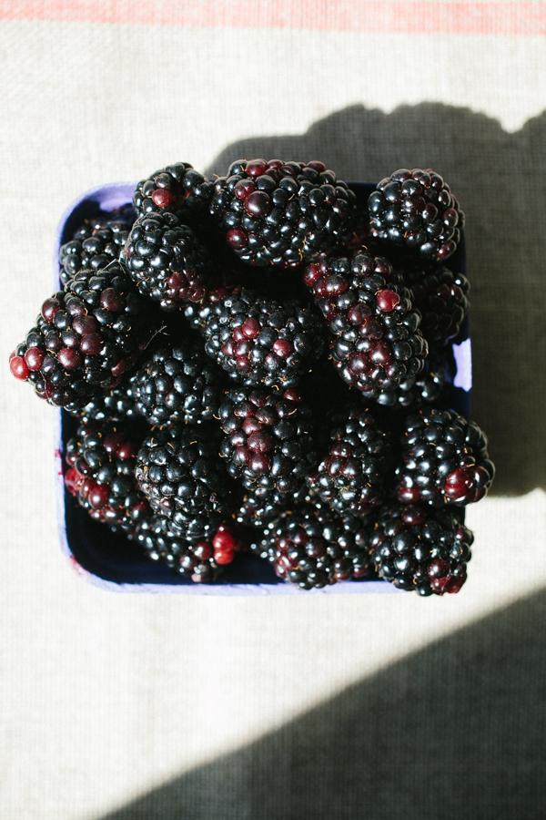 Blackberry Plum Crumble