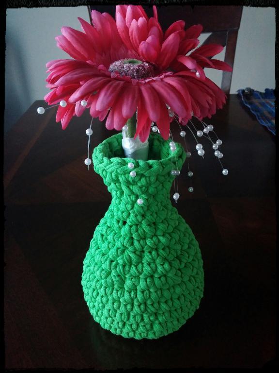T-shirt Vase Crocheting Pattern