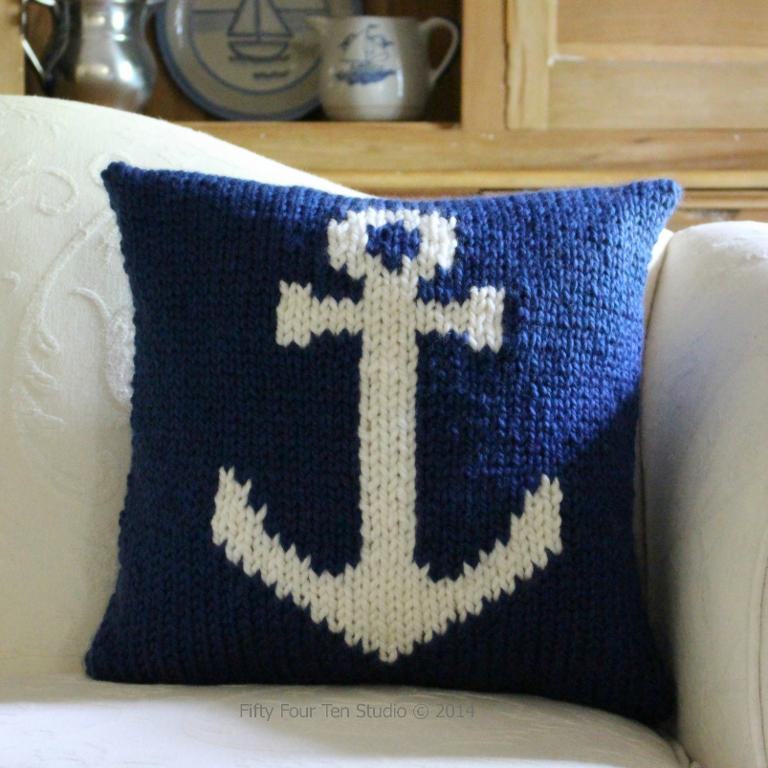 Adorable knit anchor pillow