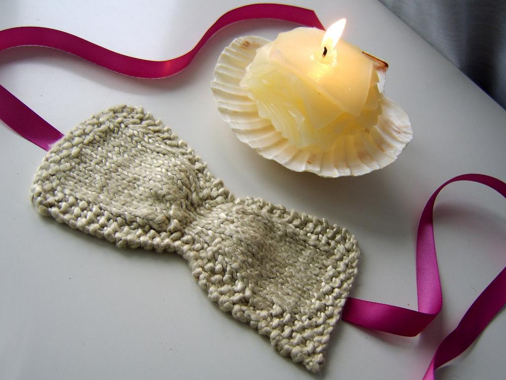 Knit ruched sleep eye mask