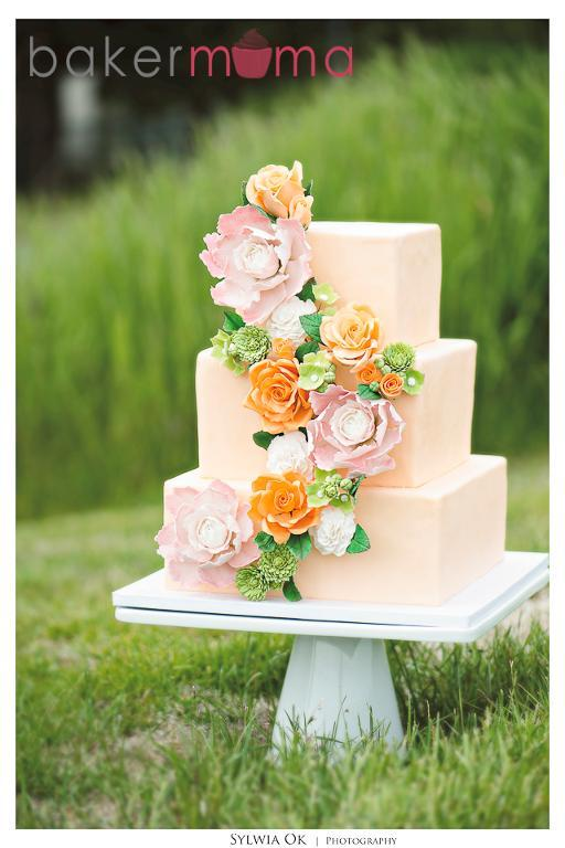 Floral wedding cake bt Thea Irae