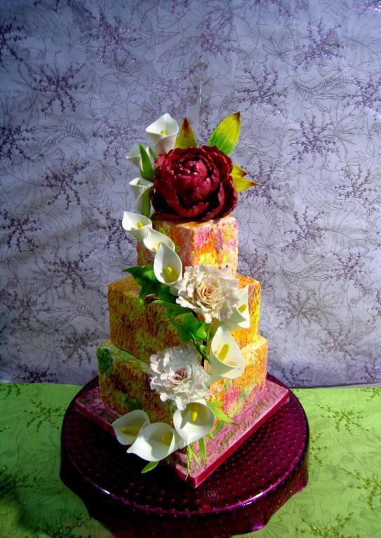 Square tiers decorated with palette knife