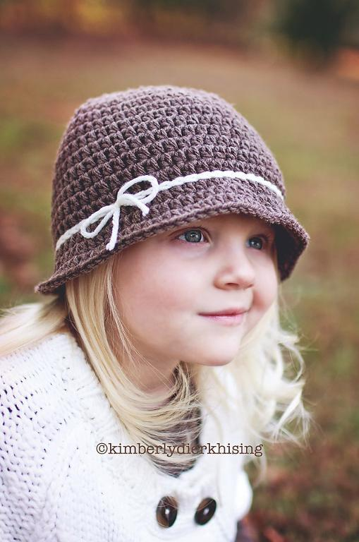 Cloche with Bow crochet pattern