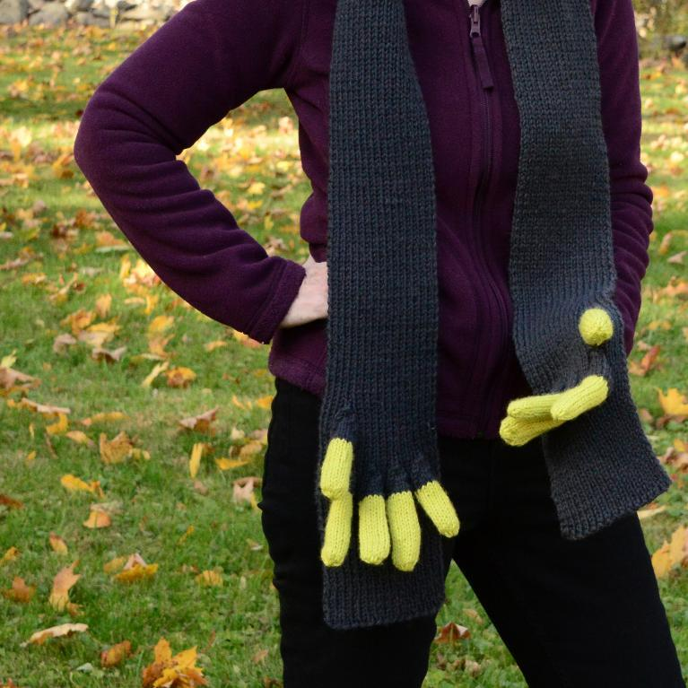 Wonderous Fingerscarf