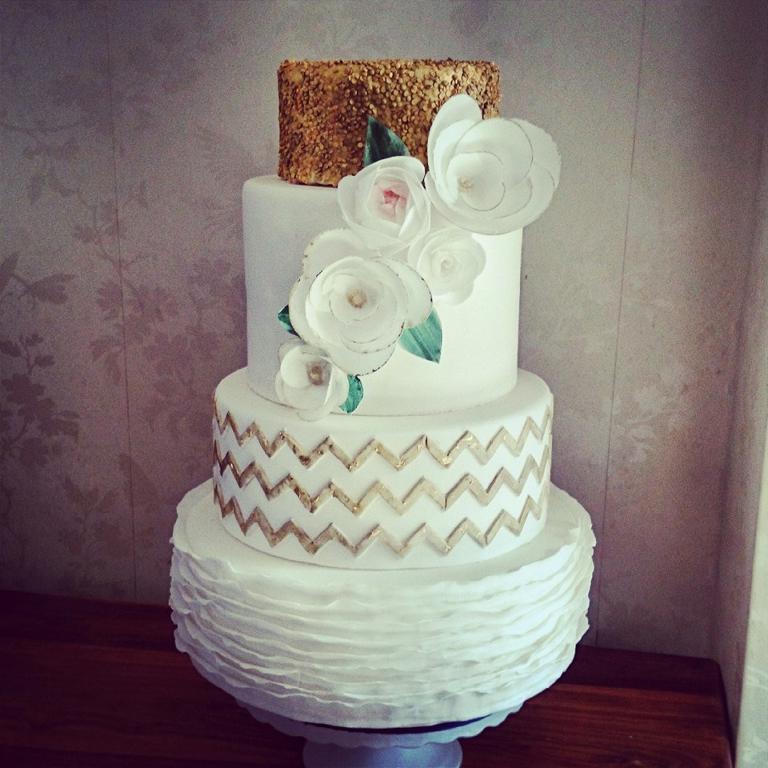 Glittering Gold Wedding Cake