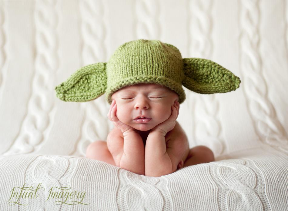 Yoda Star Wars baby hat knitting pattern