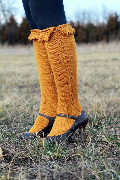 Knitted Bonneterie knee-high socks