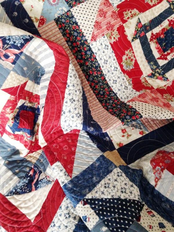 Nested Churn Dash quilt pattern