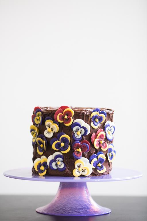 Chocolate Pansies cake
