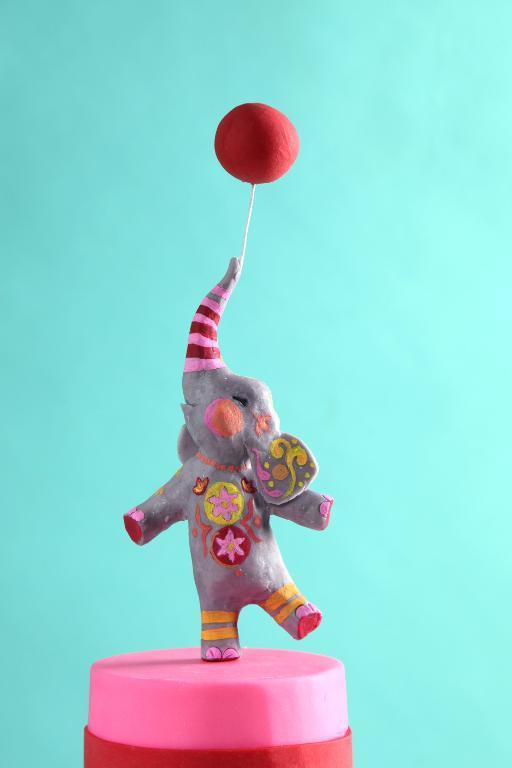 Modeling Chocolate Elephant