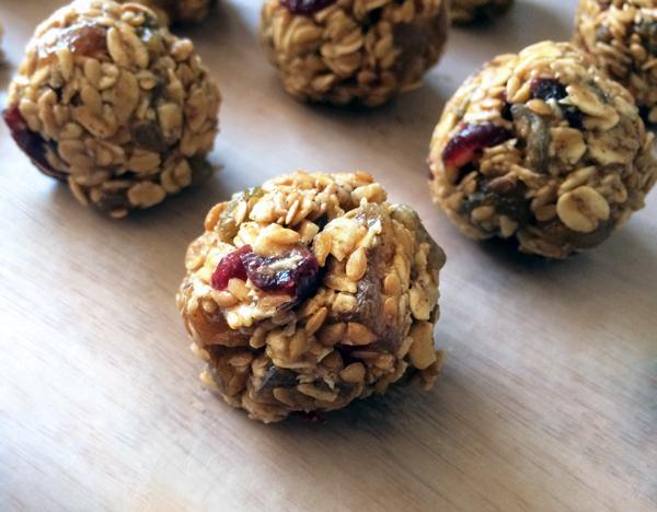 fruity Granola Bites Vegan