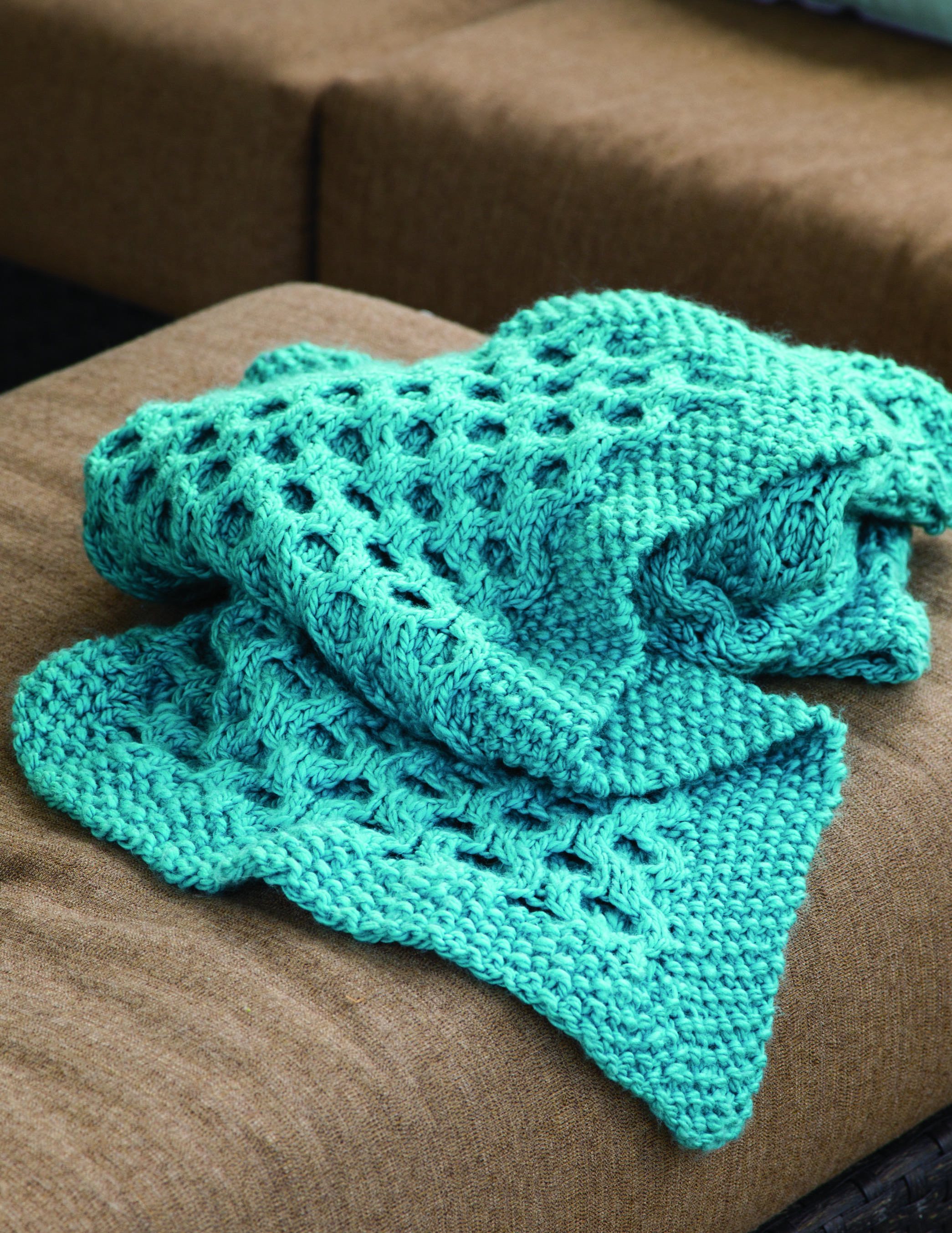 Knitted Honeycomb Throw from Chunky Knits