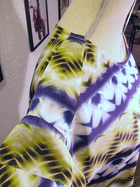 Adorable decorative shoulder epaulet