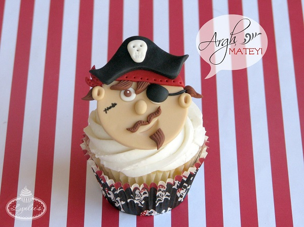 Pirate Cupcake Tutorial
