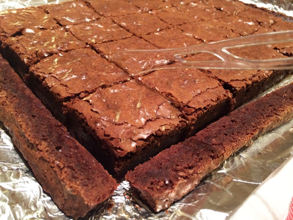 cut 24 brownies