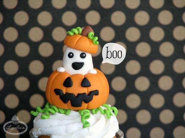 Peek-a-Boo Ghost fondant tutorial