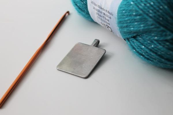 Crochet pendant supplies