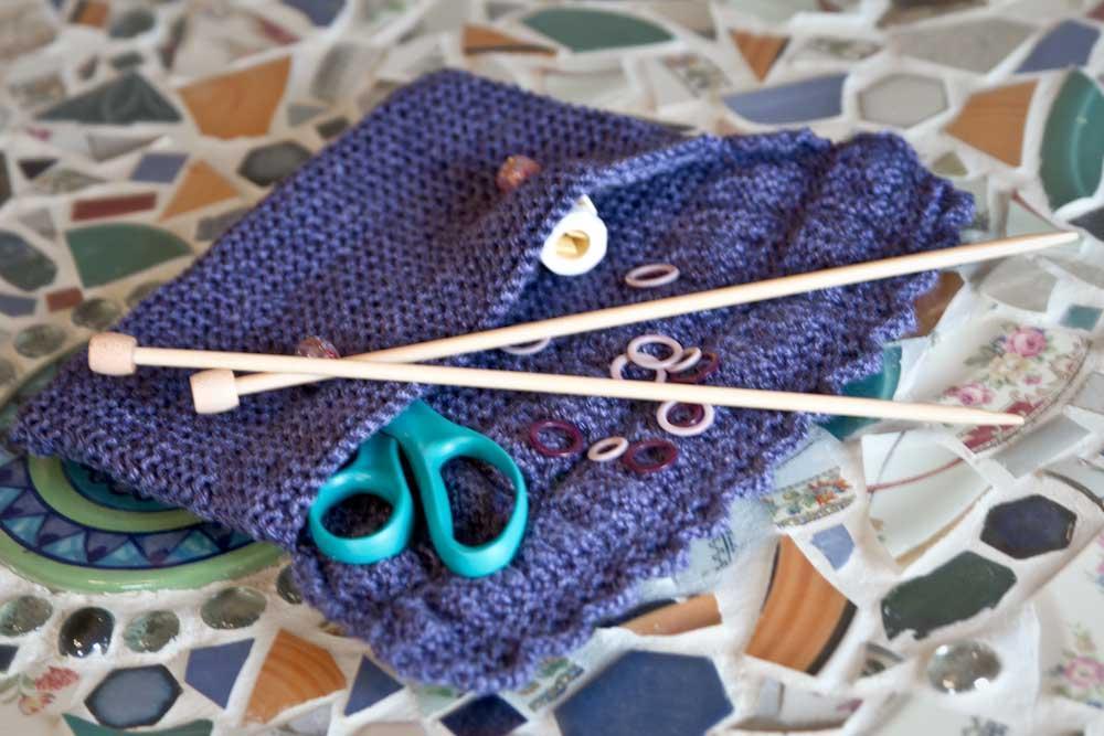 Degas Make-Up Case knitting pattern