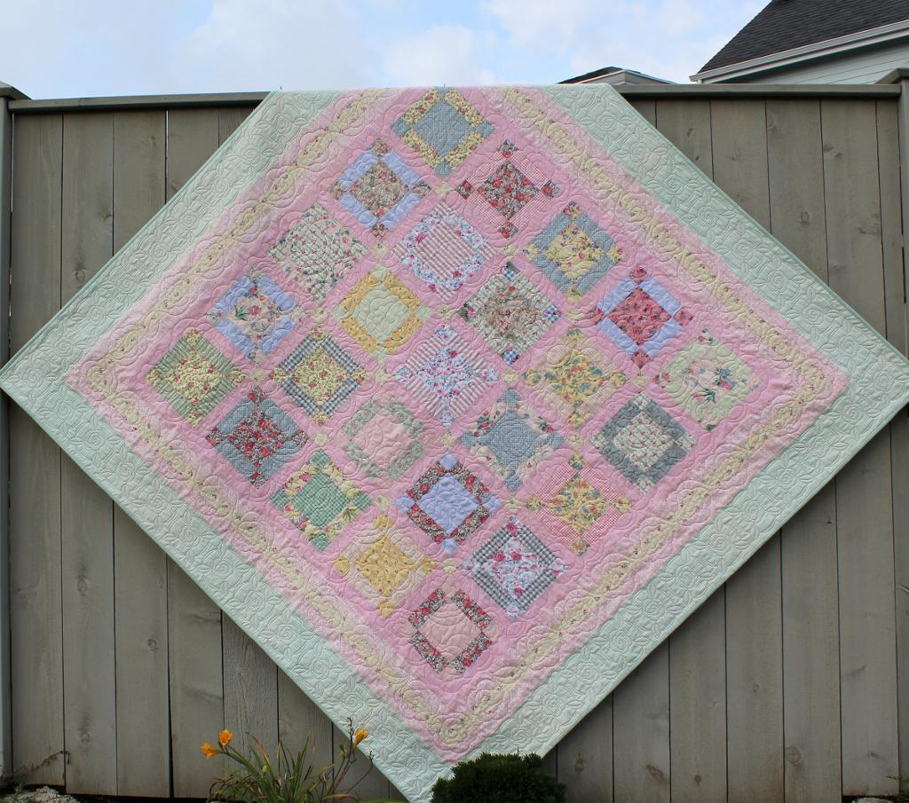 Sweet Shabby Dreams Quilt pattern on the Bluprint Blog!