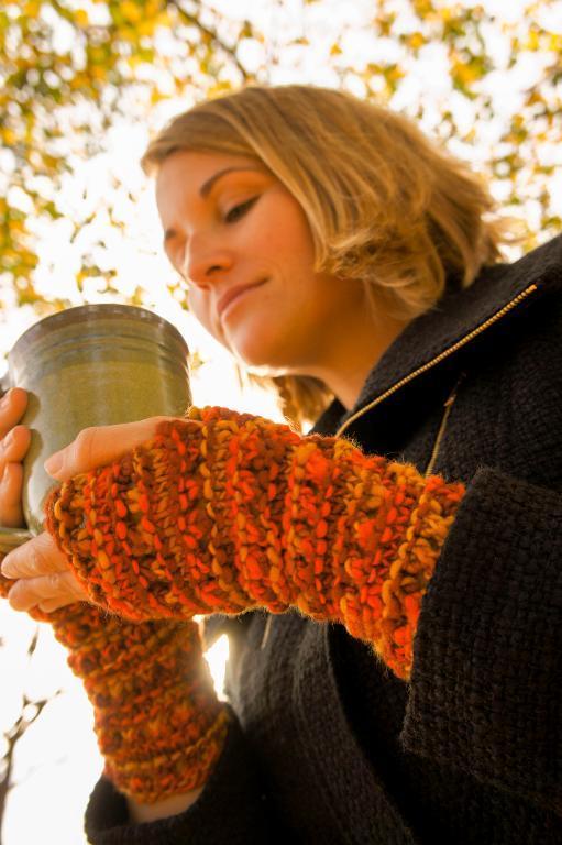 Cornucopia Wristers knitting pattern