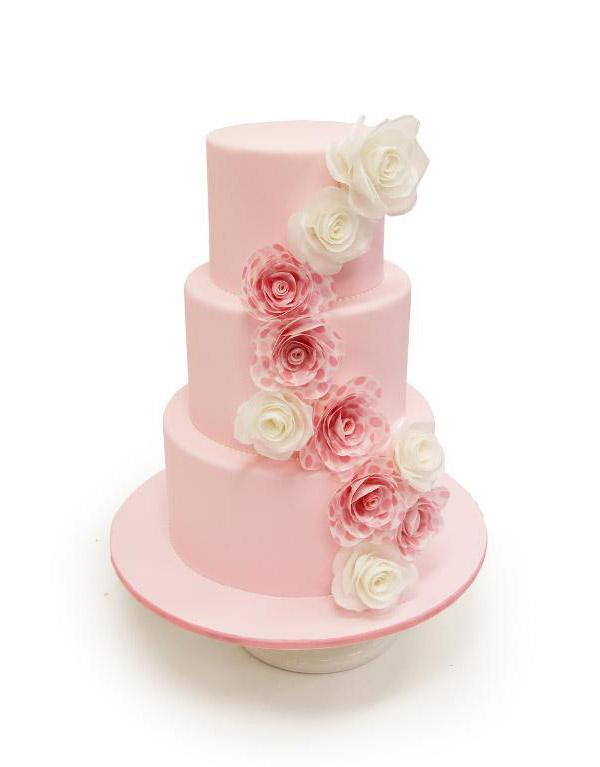 Wafer paper rose cake