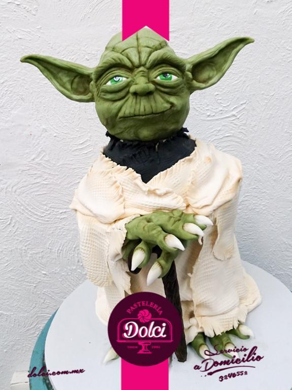 Yoda cake by Bluprint member Dolci Pasteleria